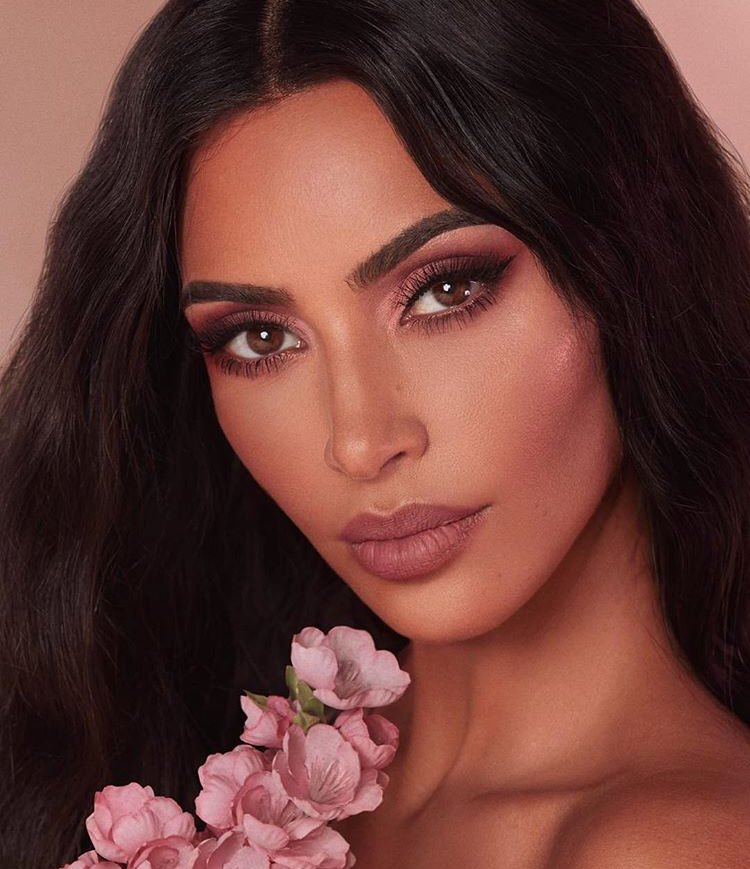 Shop the new Classic Blossom Collection NOW at https://t.co/PoBZ3bhjs8 ???? #KKWBEAUTY https://t.co/98aFCfOTPC
