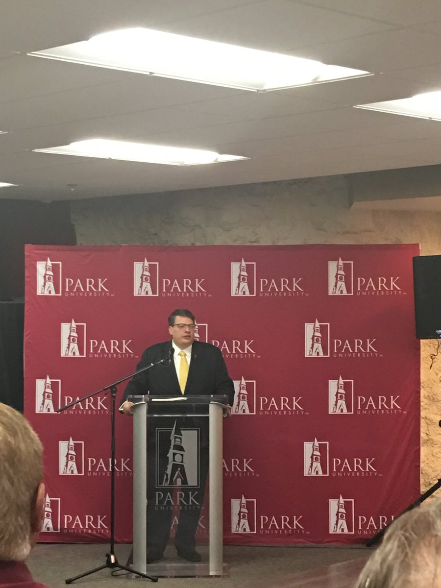 test Twitter Media - Honored to be apart of the Ed Bradley dedication at @ParkUniversity. What a great way to honor a champion of @ParkUniversity, their athletic program, @parkvillemo, @PlatteCountyMO, and the Northland as a whole. https://t.co/uhGI1k8CHZ