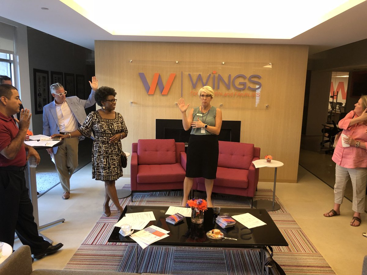 test Twitter Media - We love our volunteers. Help us change lives! Contact volunteer@wingsdallas.org today! #WiNGSVolunteerEvent https://t.co/NPolEq6k6K