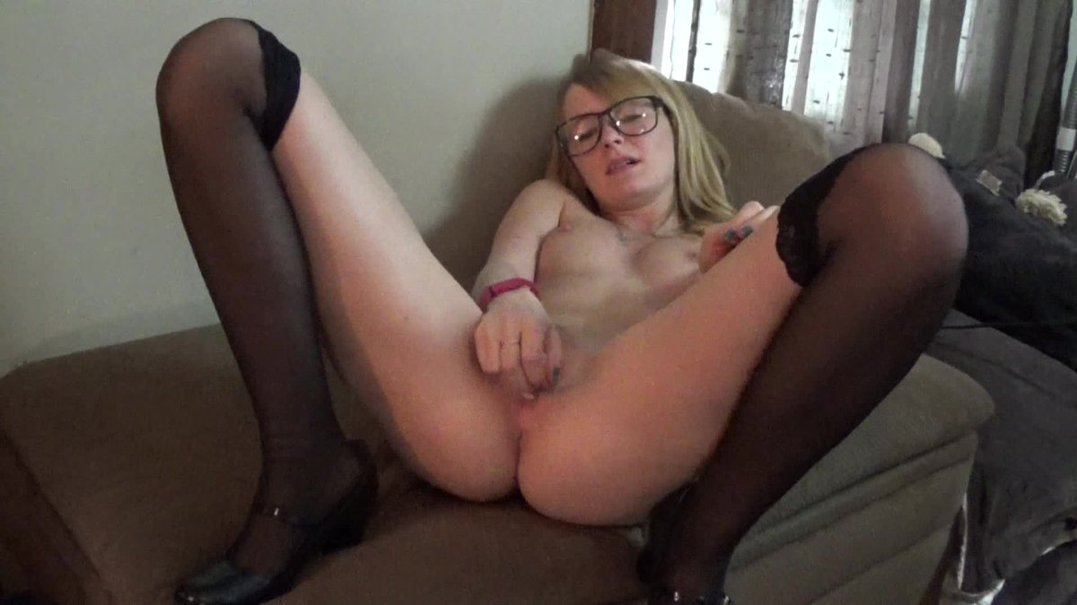 Hot vid sold! Daddys School Girl Slut vqMjXlt5xa #ManyVids z9PSbNhRC3