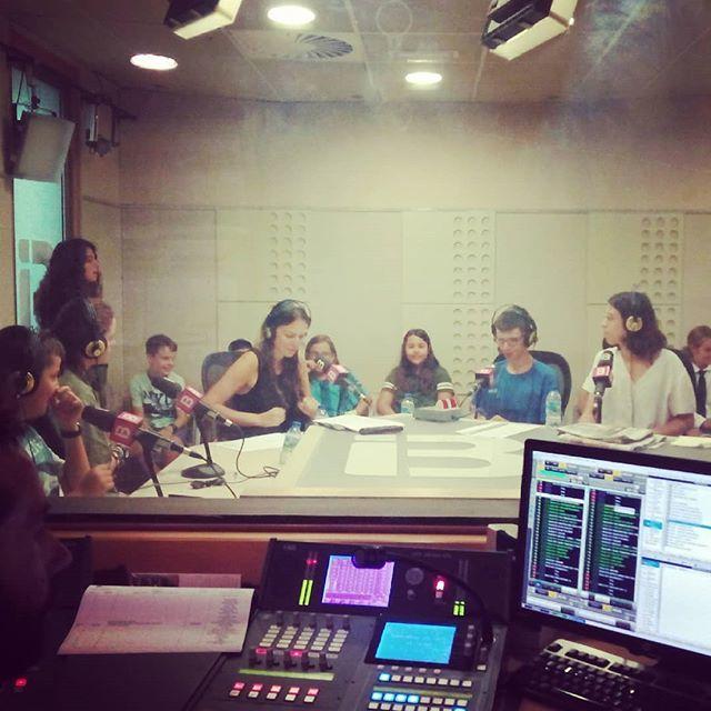 Los sábados vamos de radio #ib3radio #Mallorca https://t.co/btVieNPCdJ