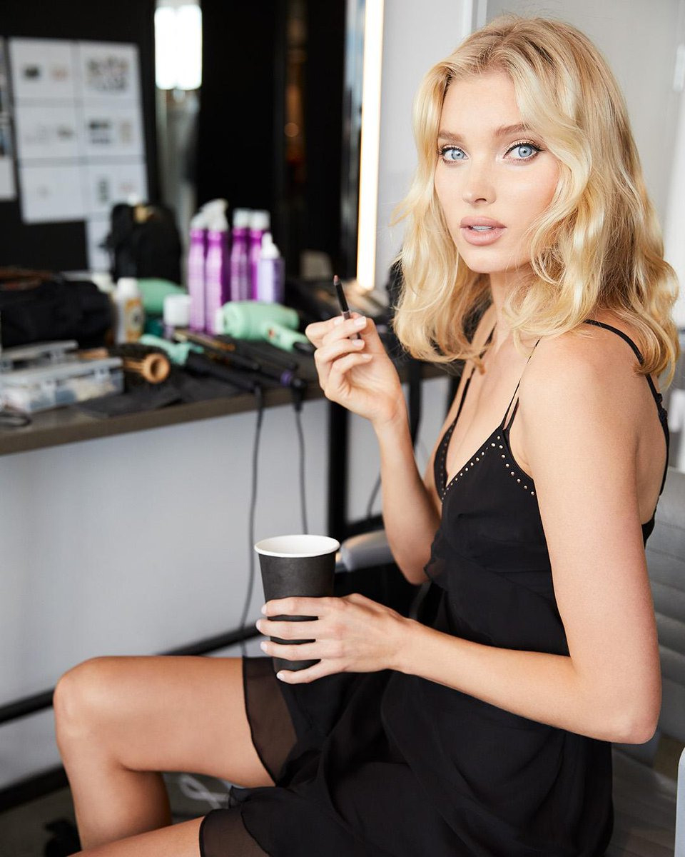 Black coffee ✔️black slip ✔️black eyeliner ✔️ Elsa keeping it classic on set. https://t.co/YKaLAVpnvK https://t.co/bDiPoBfi2O