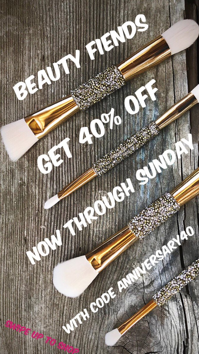 BEAUTY FIENDS- We're offering 40% off brushes this weekend???? https://t.co/VjOj4eYgL7 https://t.co/k1JS6CovnT