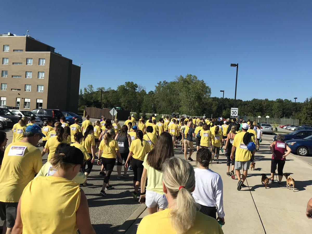 test Twitter Media - RT @TwitiAndrew: Great turnout and beautiful weather today for #YouAreNotAlone @StClairCollege @CMHAWECB https://t.co/9IFMfW0zvu