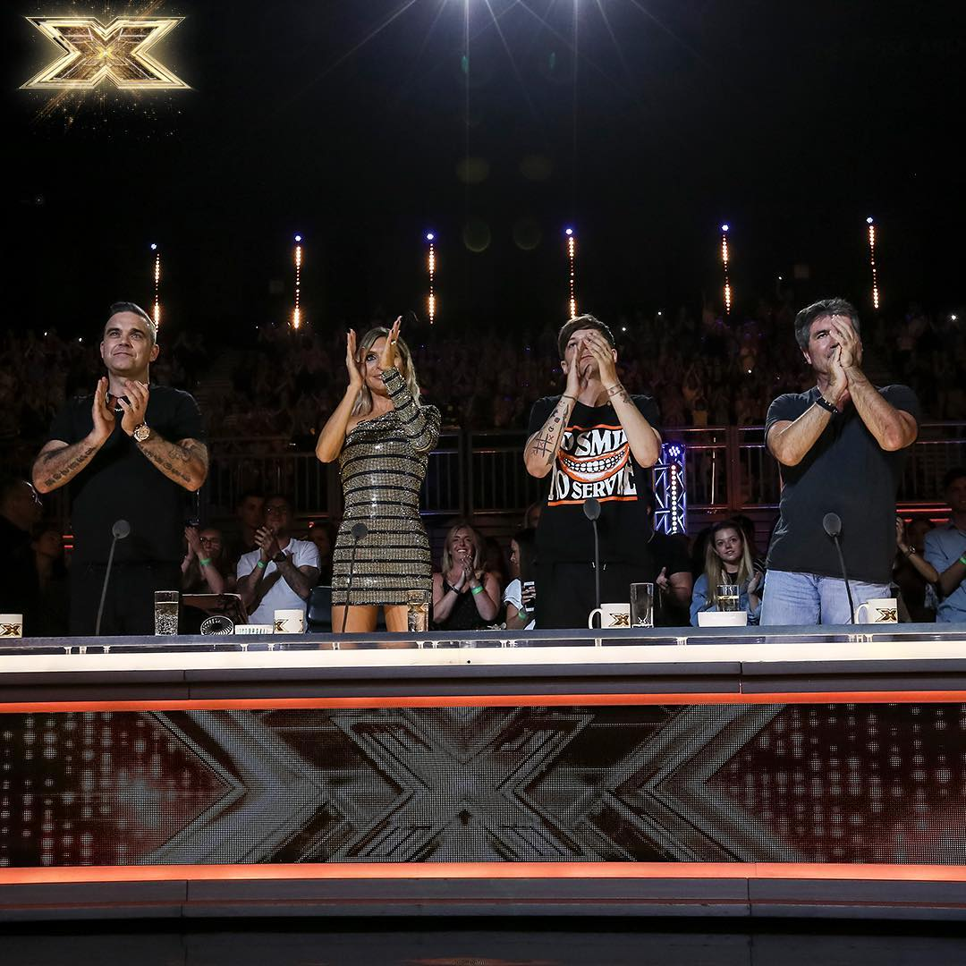 We're back on @ITV at 8pm tonight #XFactor???? ???? https://t.co/1mE5zXcBeI