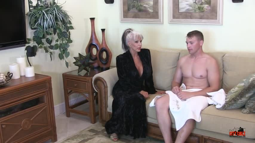 Thank you for buying! My AUNTIE and ME uXHQt6TFij #ManyVids X5DaAWEaJG