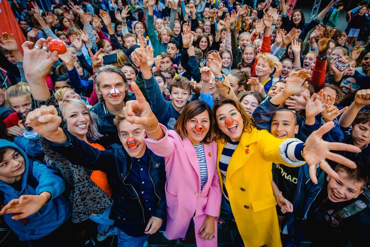 test Twitter Media - De aftrap is gegeven van de derde @rodeneuzendag! De goeddoelactie van @VTM , @Qmusic_BE en @Belfius roept Vlaanderen op om geld in te zamelen voor jongeren met psychische problemen. De derde editie, op 30 november, staat in teken van de mentale gezondheid van jongeren op school. https://t.co/levDxMash8