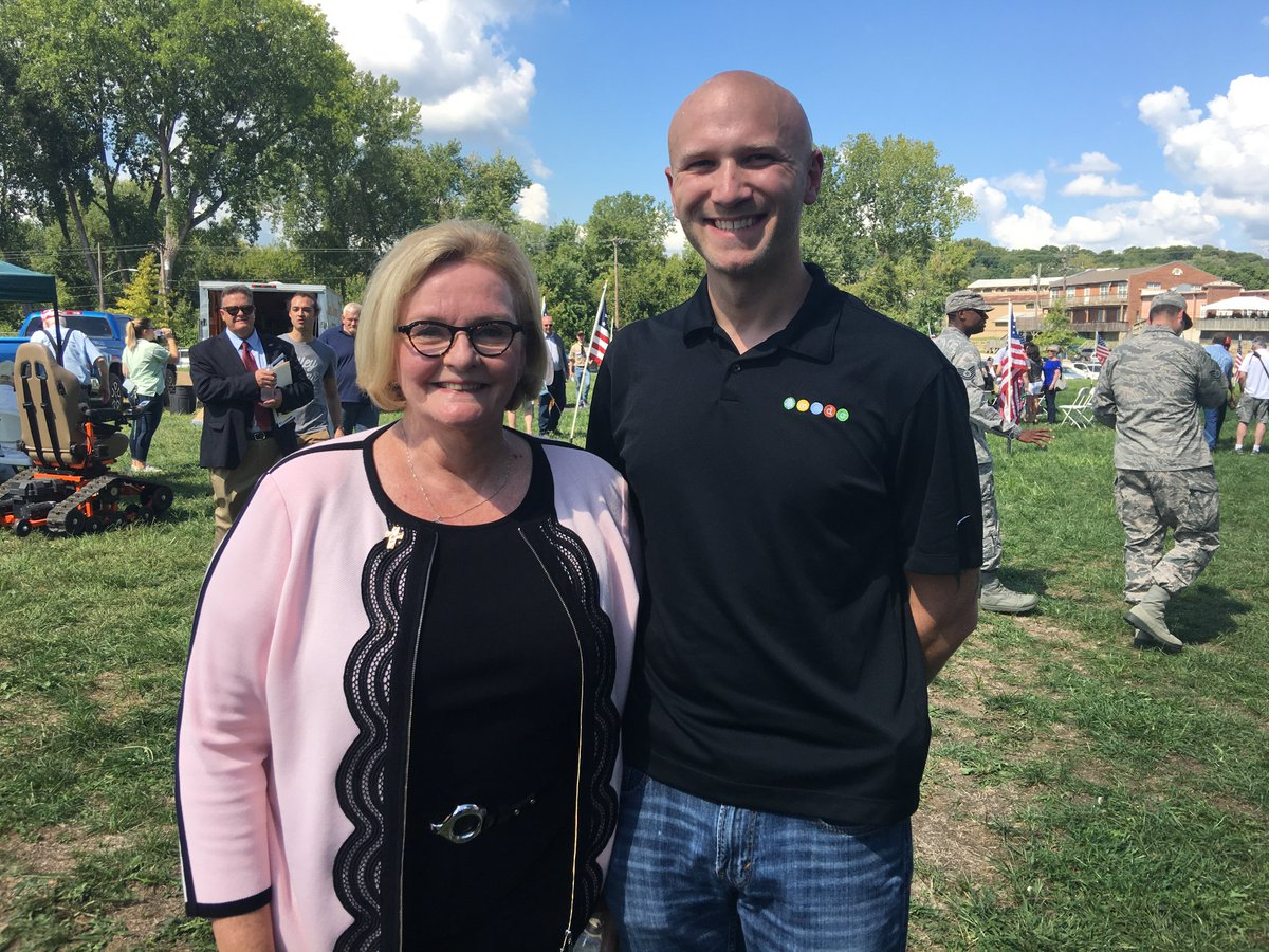 test Twitter Media - Thank you to @clairecmc for attending the @parkvillemo Veterans Memorial ground breaking event over the weekend! It was a pleasure to meet you and thank you for supporting our veterans and men and women serving in the military! @McCaskillOffice https://t.co/bAFny1AAl5