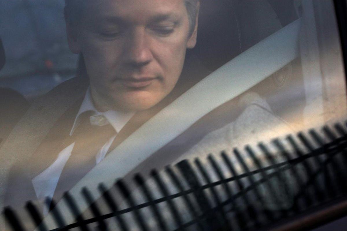 Leaked WikiLeak docs show Assange bid for Russian visa
