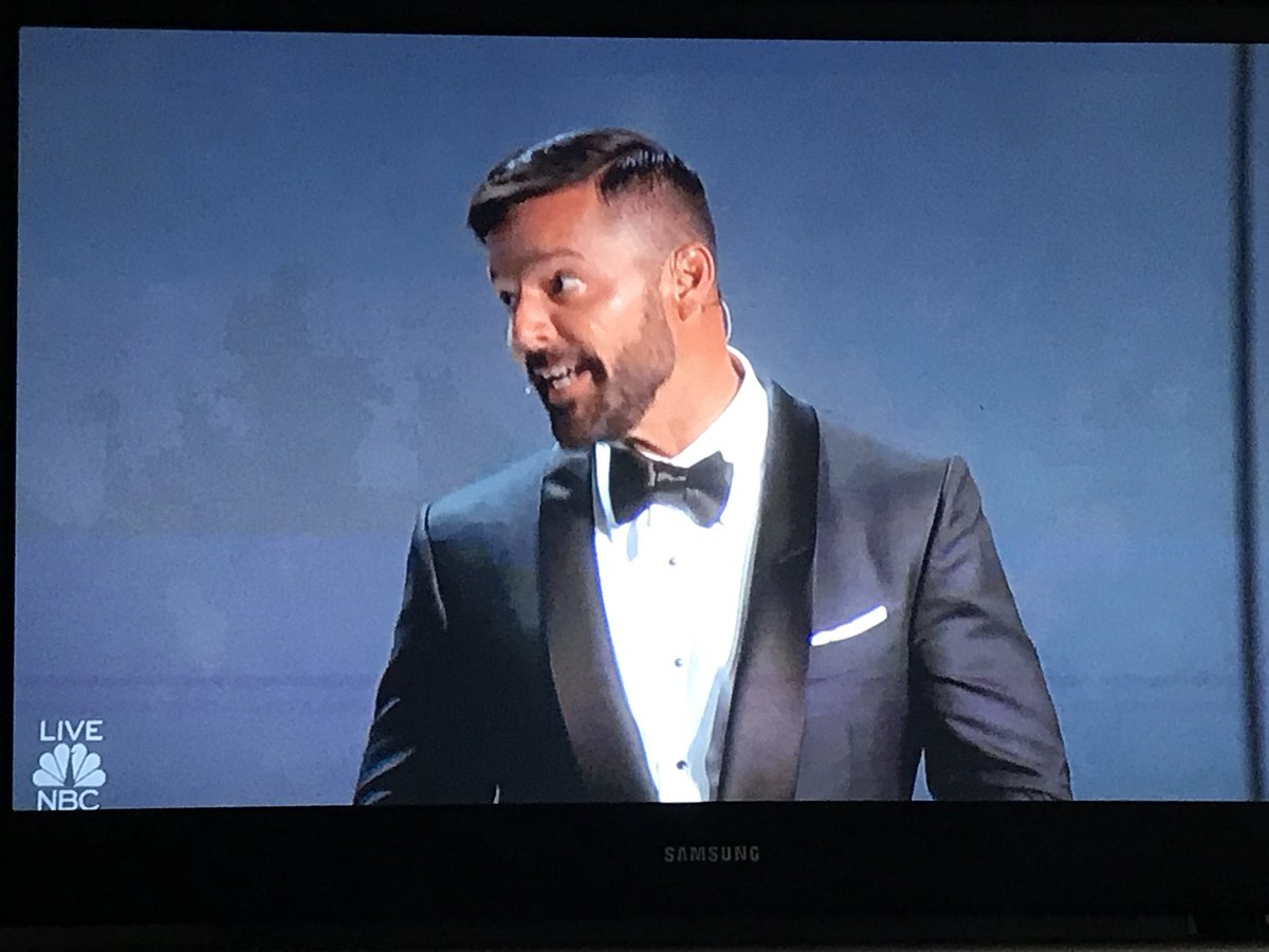 RT @TheAdvocateMag: Ricky Martin adds some spice to the #Emmys diversity musical opener! https://t.co/zYyAHjF0MX