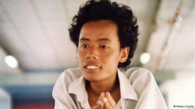RT @baeboycrush: Wiji Thukul August 26, 1963 Sorogenen, Solo, Indonesia 🇮🇩 https://t.co/FEHU8bEXsq