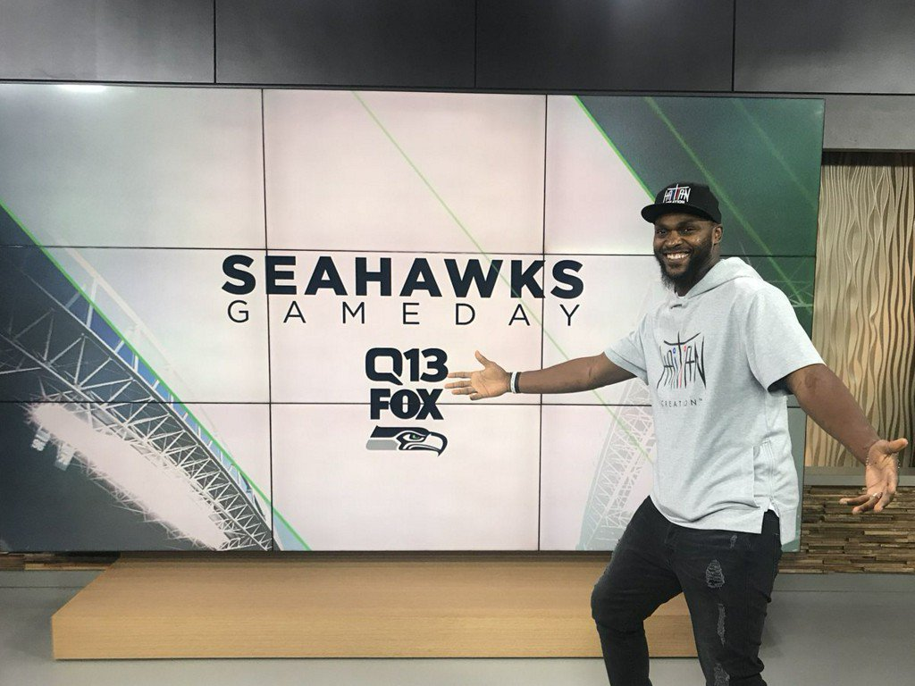 RT @Q13FOX: Former Seahawk Cliff Avril joins Q13 as Seahawks Gameday analyst https://t.co/slaIuGNFcH https://t.co/S292ZWlfO7