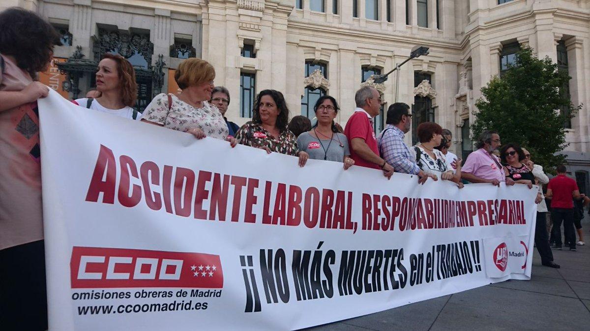 RT @g_molino_: .@CCOOMadrid hoy de nuevo en Cibeles #ContraLaSiniestrabilidadLaboral.  https://t.co/RENDv7SLQI https://t.co/r7Ht8j9QSe