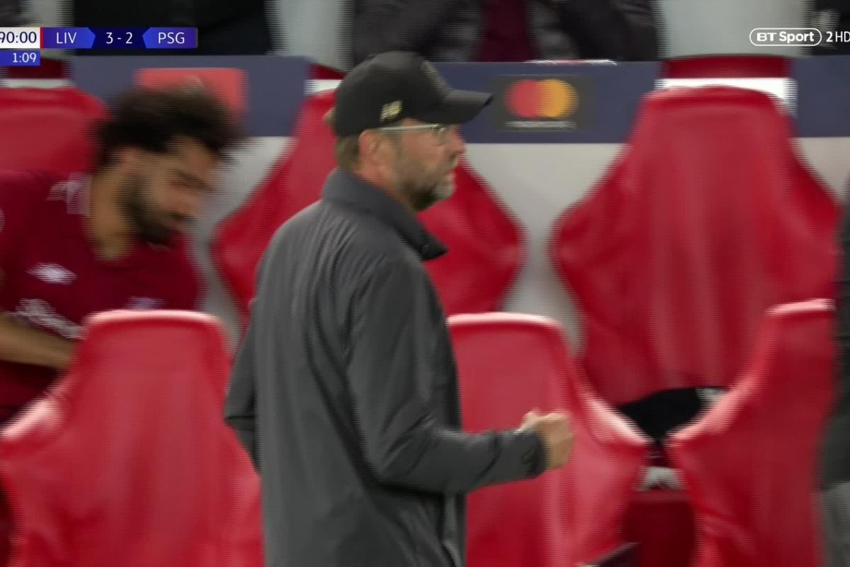 RT @TheSunFootball: Fans confused by Mo Salah's reaction to Firmino's winner against PSG https://t.co/GCsBtSmOkx https://t.co/mA5L0CRxMu