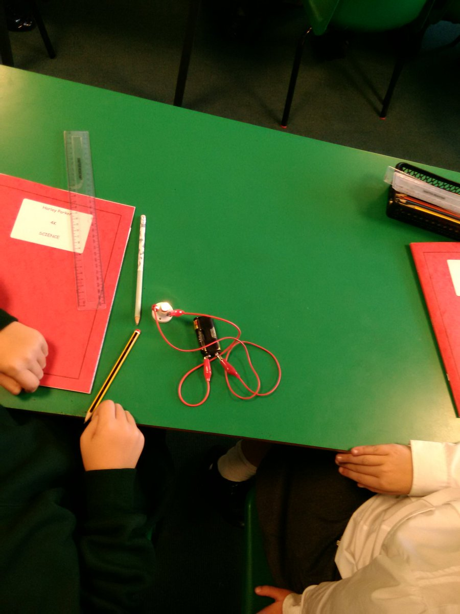 test Twitter Media - Let there be light! Year 4 have been making simple circuits as part of our science topic. https://t.co/jpdYVyci7o