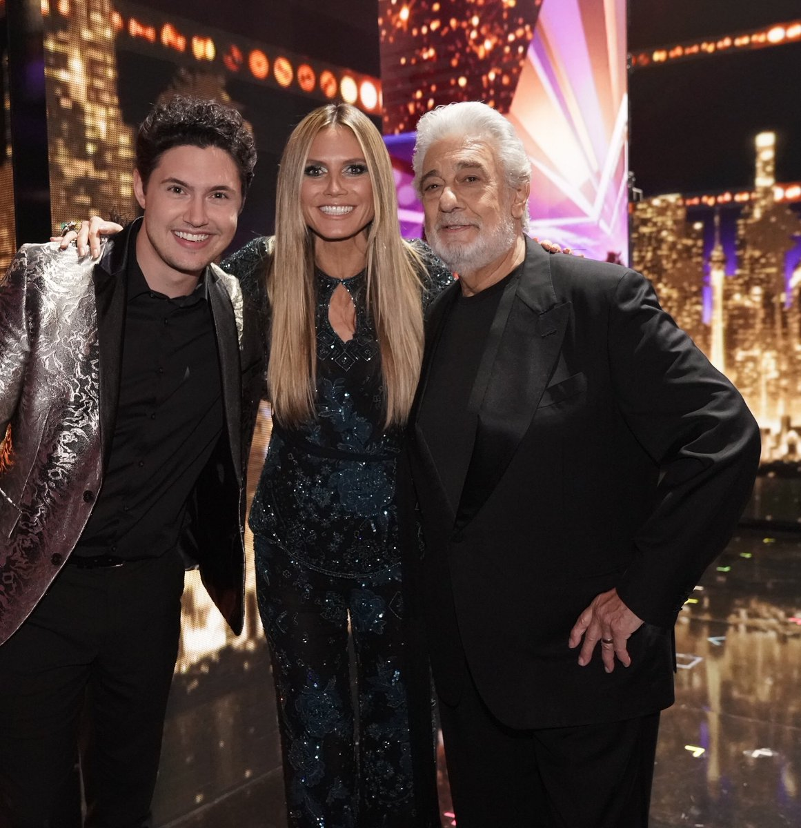 With one of my favorite @agt acts @DanielEmmet and one of the best voices in the world @PlacidoDomingo! https://t.co/EvF1ox2usO