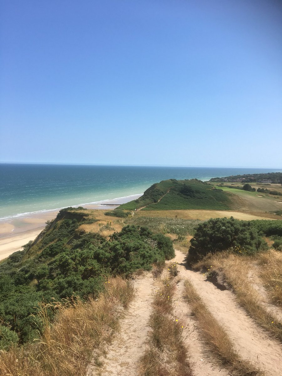 test Twitter Media - Looking to visit #Cromer in the next few weeks? We have good availability from Tuesday 24th  till Sunday 30th September and again from 5th October onwards. Enjoy a break on the stunning #NorthNorfolk coast, so much natural beauty to enjoy. #walkersarewelcome https://t.co/e6JIgBeR5k