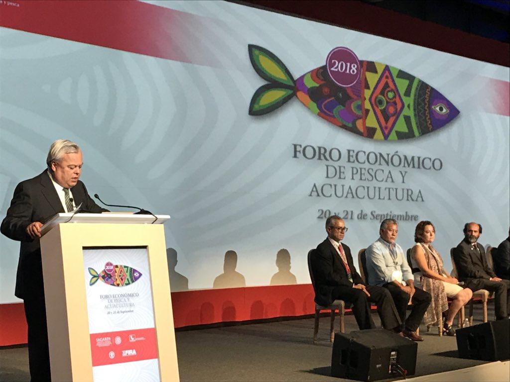 """Ceremonia de Apertura del """"Foro económico de Pesca y Acuacultura 2018"""" https://t.co/6FOJcBOG8e"""