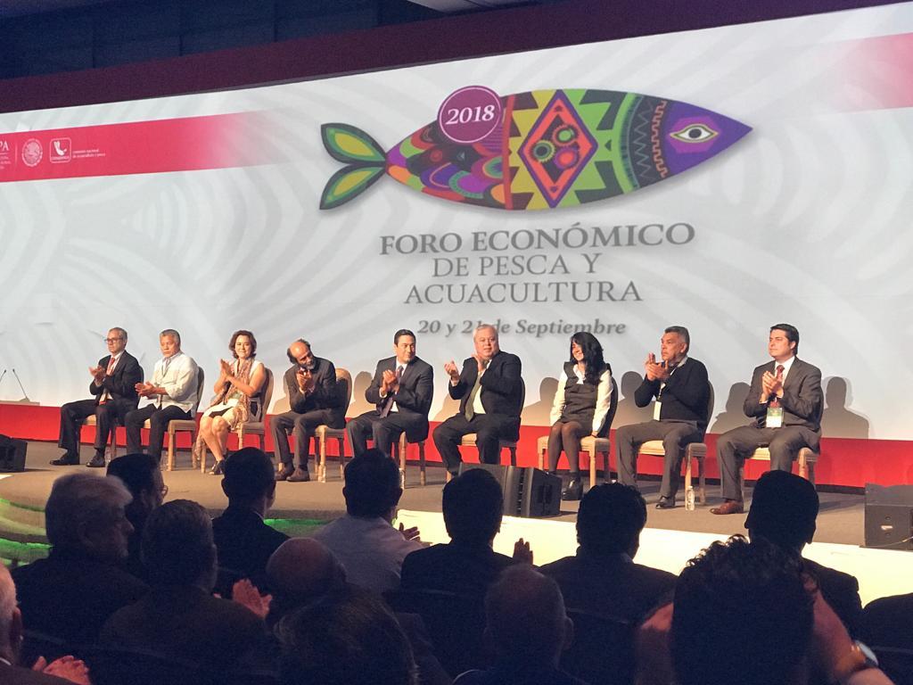 RT @Comepesca: Desde el acto de inauguración del #ForoEconómicoPescaAcuacultura 2018. @Conapesca @SAGARPA_mx https://t.co/x1aBCX7rwX