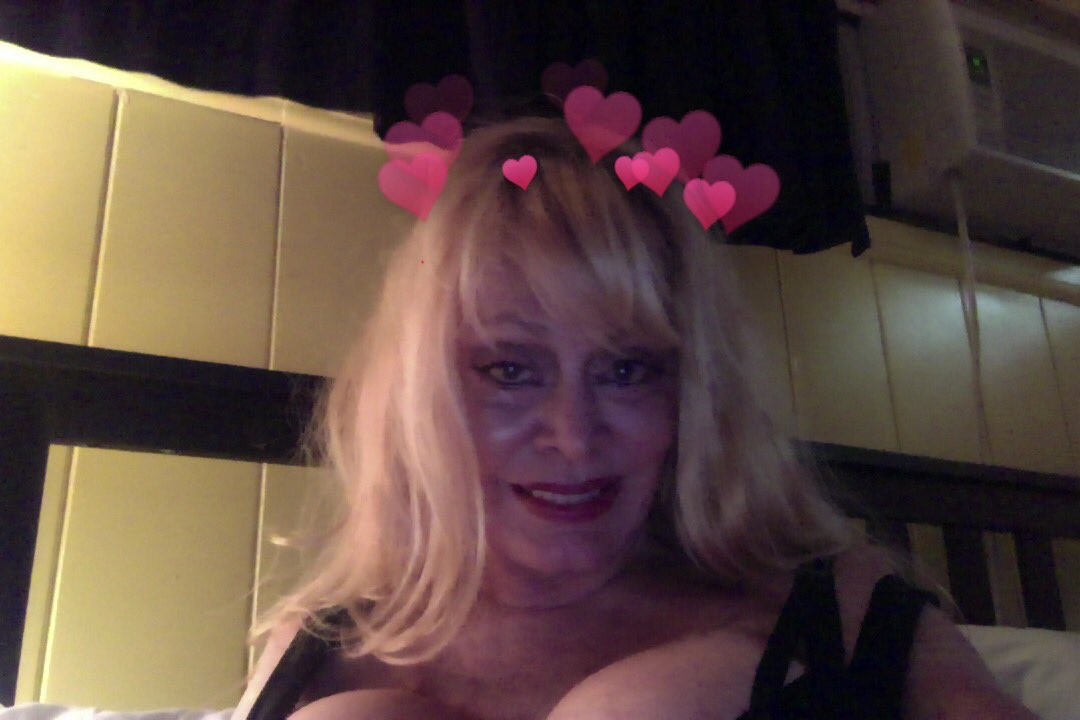 Love & Lust, Patty lY6xKr6MbU