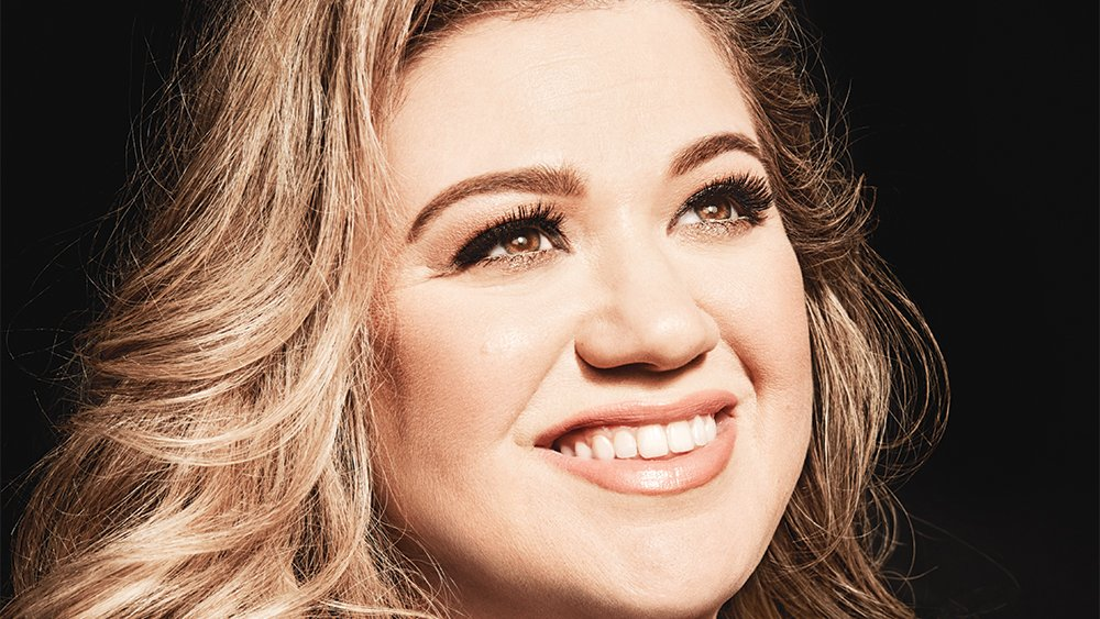 iHeartRadio denies @Kelly_Clarkson's claim that it doesn't play her music