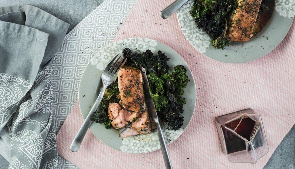 RECIPE: Joe Wicks' Steak with Kale, Tahini & Sesame