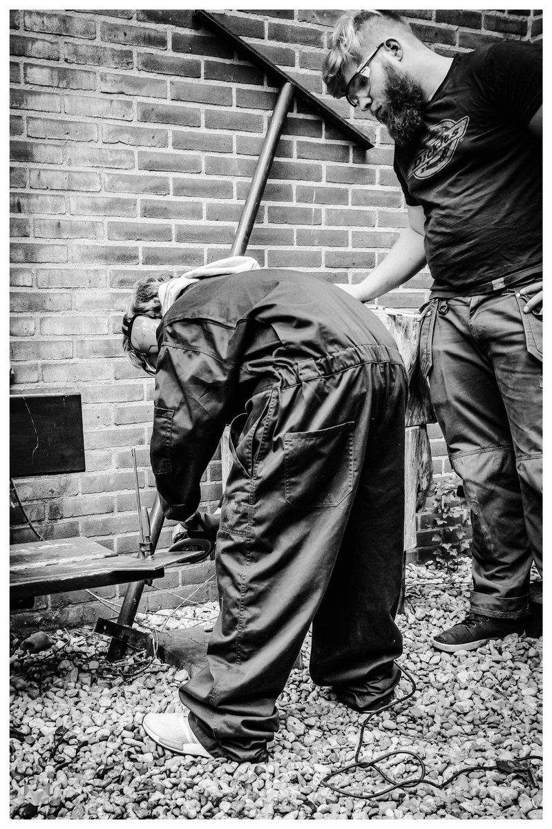 test Twitter Media - Het is #demolitionday voor de #bouw.  Hebben die bouwers en slopers van @DusseldorpISM dan toch stiekum bij ons gespioneerd..?!  @BouwendNL https://t.co/Ec6GCRV3qq