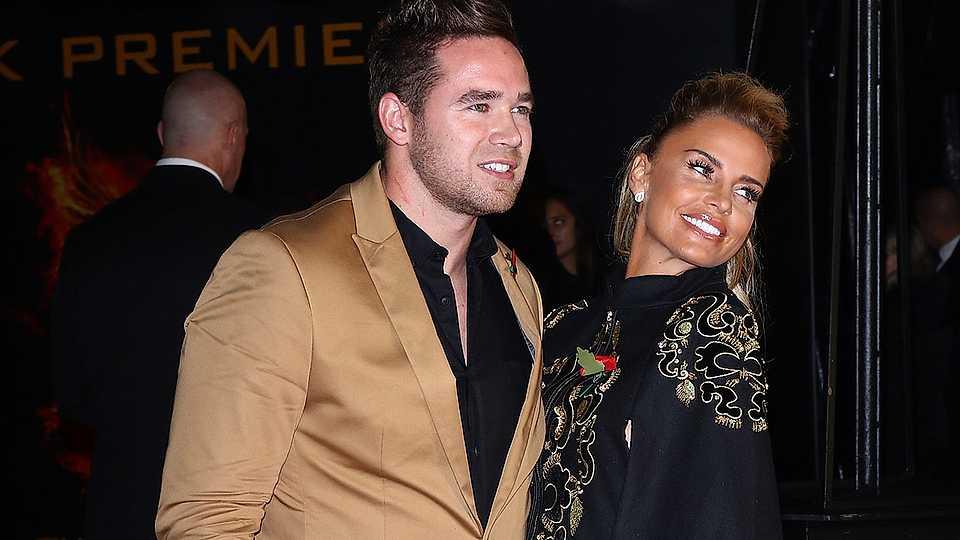 Katie Price and Kieran Hayler's divorce 'crashes to a halt'