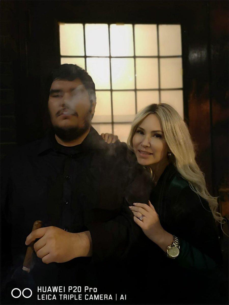 1 pic. Roll em smoke em #repeat 🥃🍃 #cigarguys #cigarlife #HamOnt #scotchandcigars #cigars #cigarclub