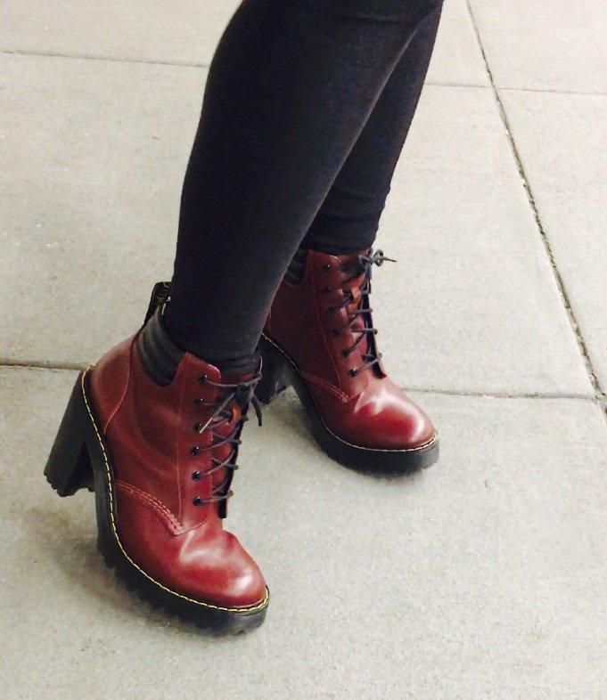 New #docmartens ! #boots #bootfetish #thesebootsaremadeforwalking GjGryxmolU