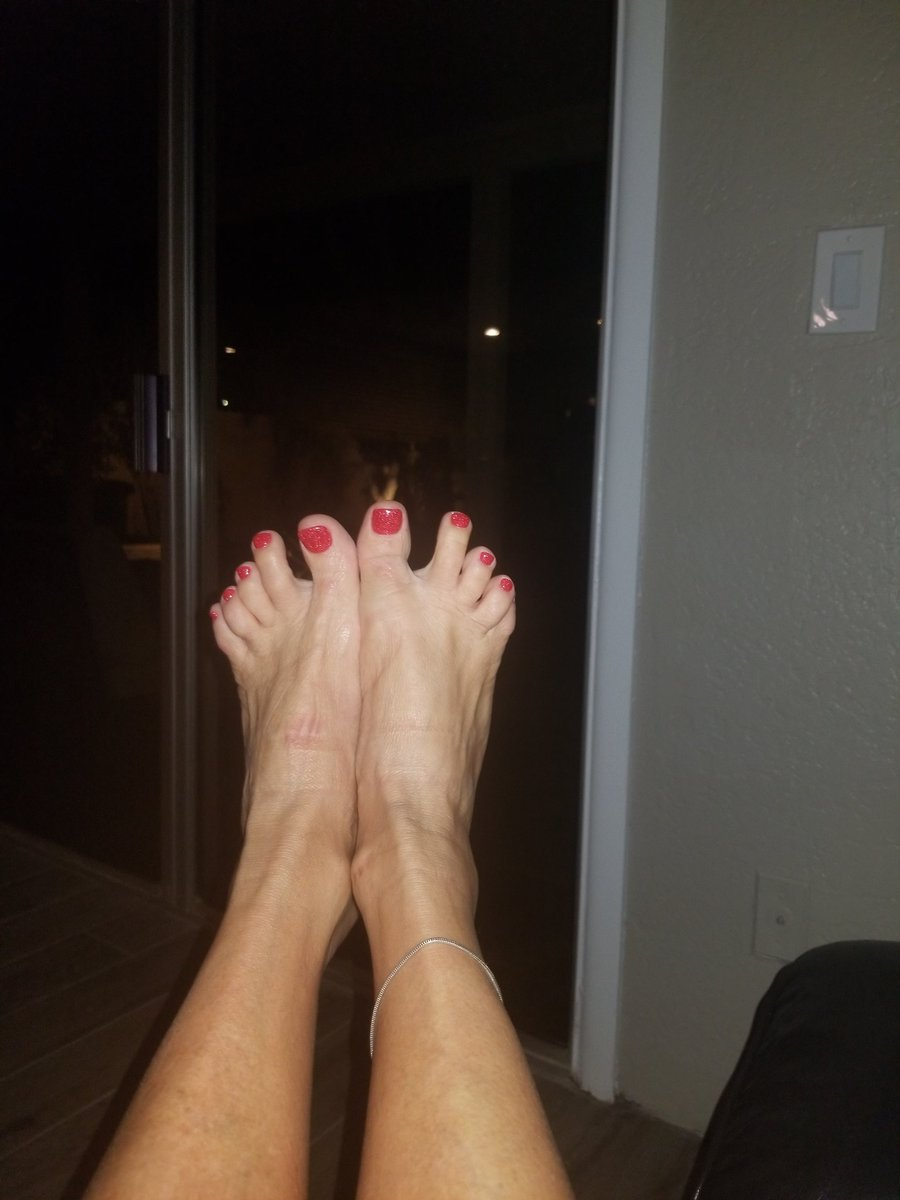 2 pic. New Nail and Toe Color 💅👣 zQkWVZpEjp