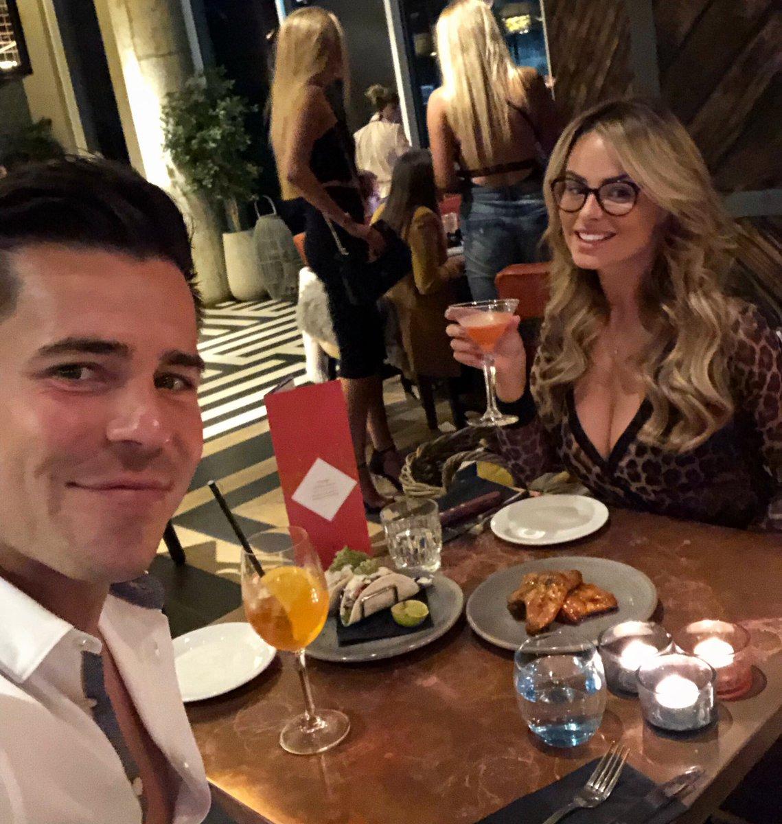 Date night last night @refinery_mcr @olivermellor ???????? #Manchester #outout ❤️ https://t.co/sFWLRqpkGx
