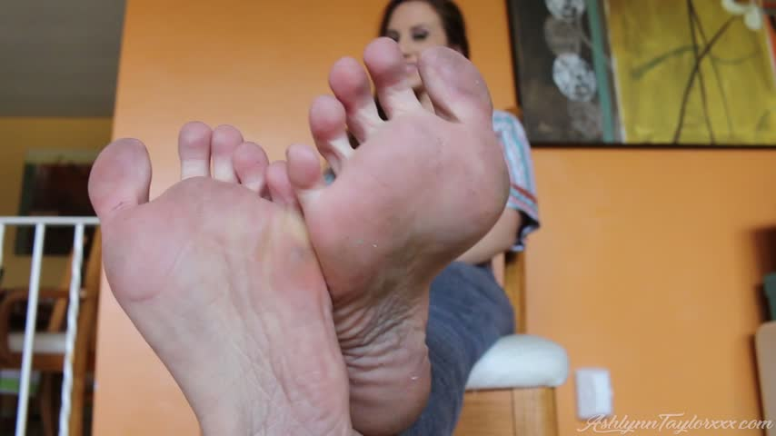 Dirty Stripper Feet HD by Ashlynn Taylor jNE8DsXRB4 Find it on #ManyVids!
