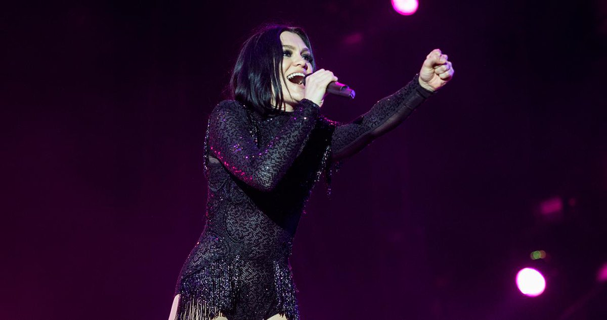 Jessie J to Drop Holiday Album Featuring Boyz II Men and Babyface