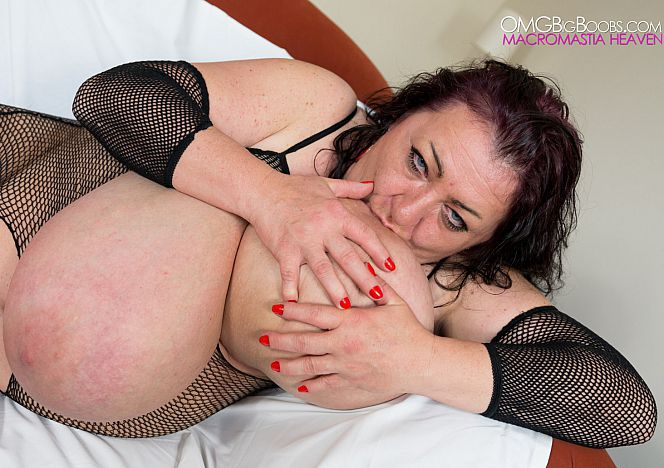 Sabrina Meloni Huge Breasts #milf see more at EfY5CKWsTU ZoQIBiMIEt
