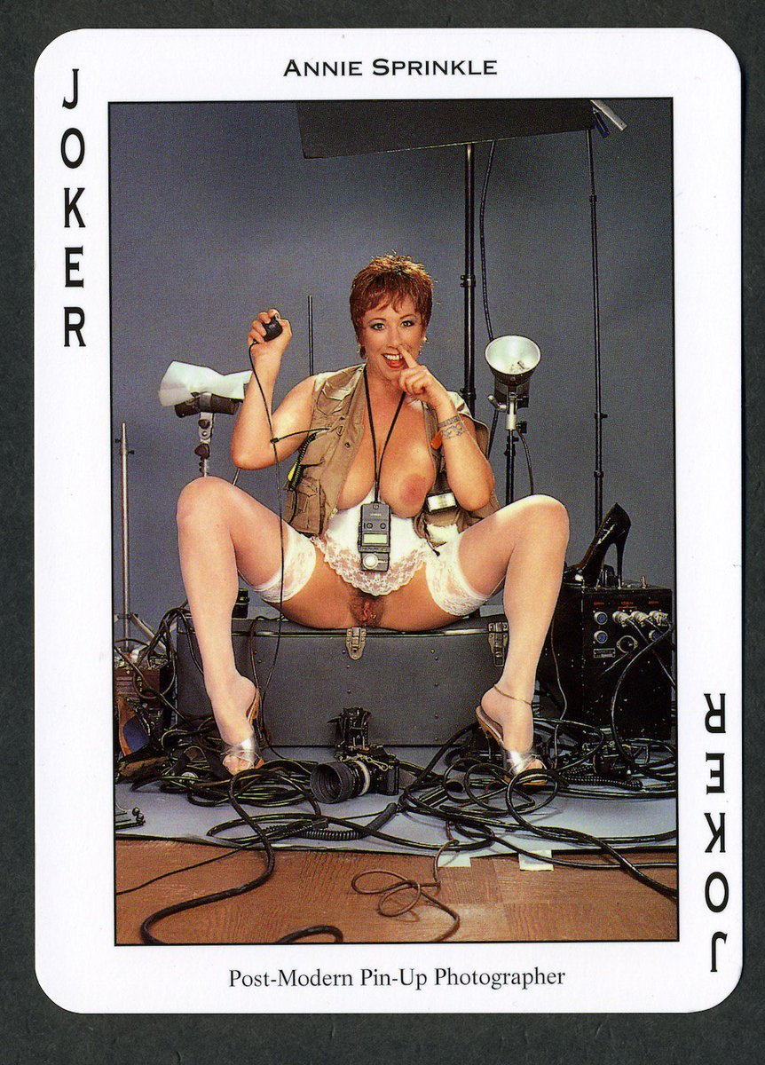 2 pic. When you can't say something nice, post some of your old pin-up photos. zlMb85UZ