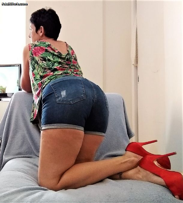 I'm online now for DirectIM at #AdultWork.com. Come and chat! FVqPgVCR2v m