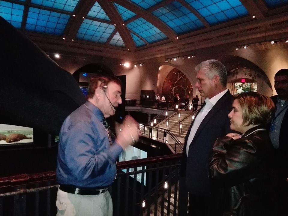 #diazcanelenonu || Presidente 🇨🇺 #DiazCanel recorriendo el Museo de Nueva York #CubaInNY  @CubaMINREX @CUBAONU @JoseRCabanas @MisionCubaONUG @EmbaCubaUS https://t.co/85lKpS8sWo