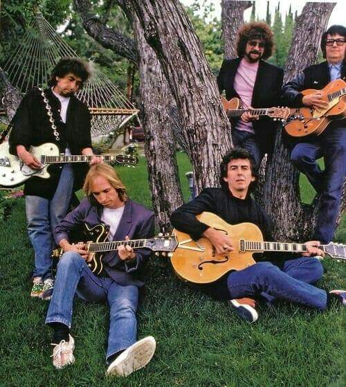 Traveling Wilburys https://t.co/I5RueukmUT