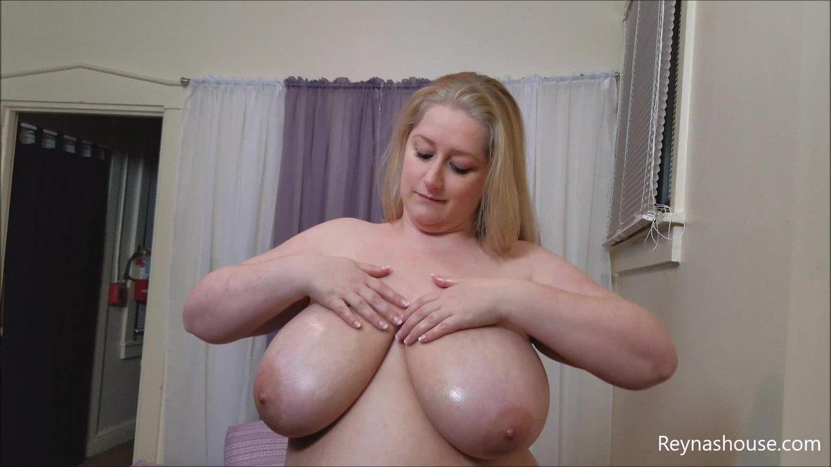 Just made a sale! Worship My Tits jQiONknoAE #MVSales #ManyVids VjNRmI59CS