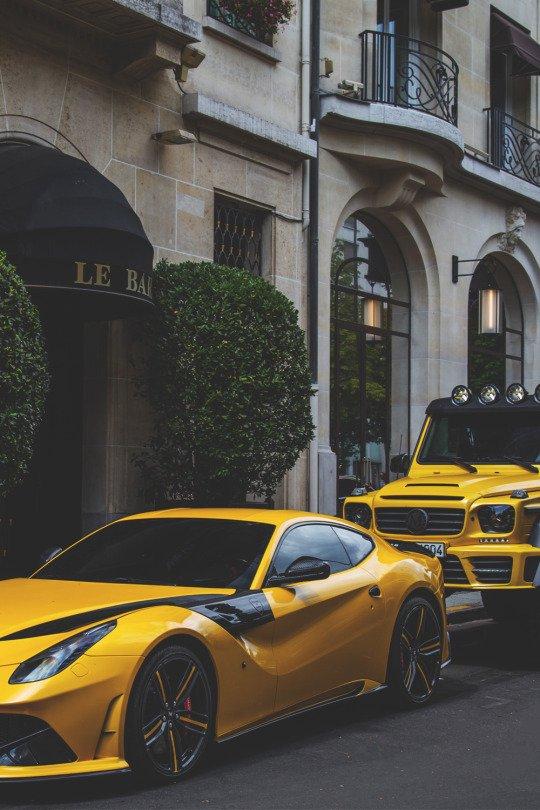 yellow cars https://t.co/749yOctFKZ