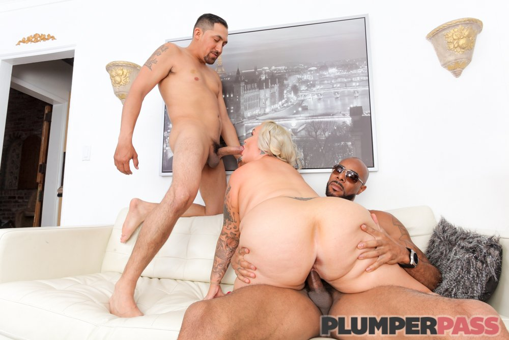 1 pic. Sexy MILF Plumper Kendra Kox Gets Greedy tTMW99G8Co 2 on 1 action NRCuyTH6rc