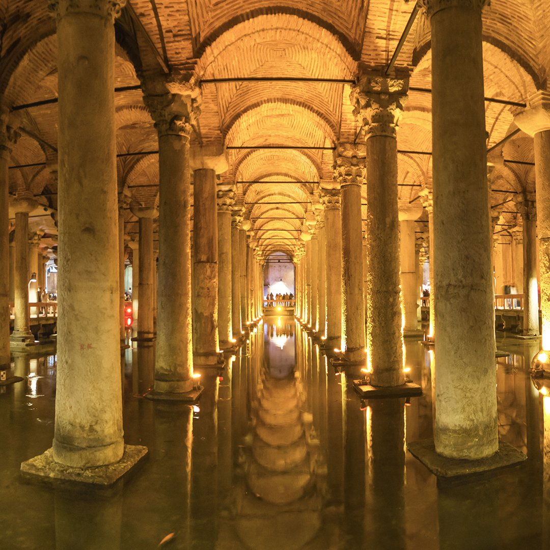 An immense underground reservoir built by the emperor Justinian but made famous by its appearance in a James Bond film, #whereintheworld can you find the Basilica Cistern? https://t.co/Kpll9kA4kA