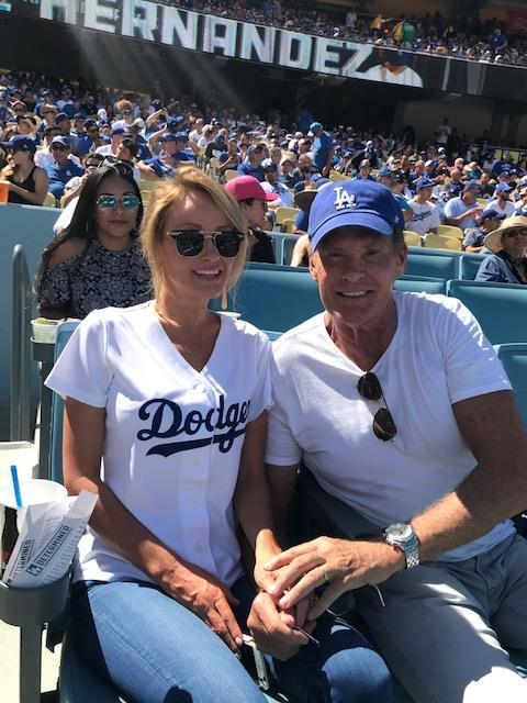 Go #Dodgers!  Loving it here in #LA! https://t.co/AG88CnKuq2