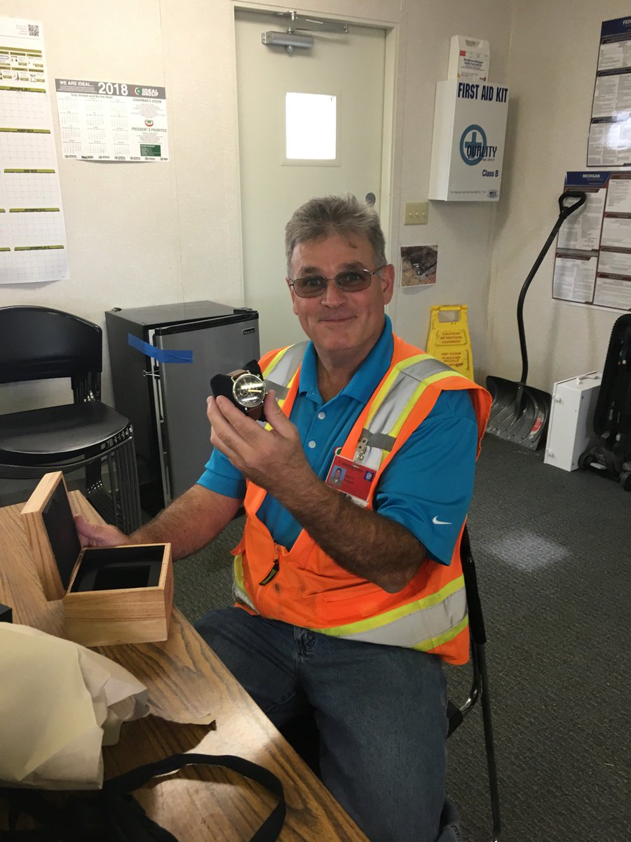 test Twitter Media - Congratulations Brian Morin on your retirement! Thank you for all of your years of hard work and dedication to Ideal. #IdealTeam #Retirement https://t.co/bCM0w5iuzS