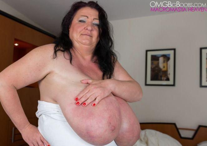 Sabrina Meloni Gigantomastia Breasts see more at EQpG17wyA1 CEk5YdYMyj