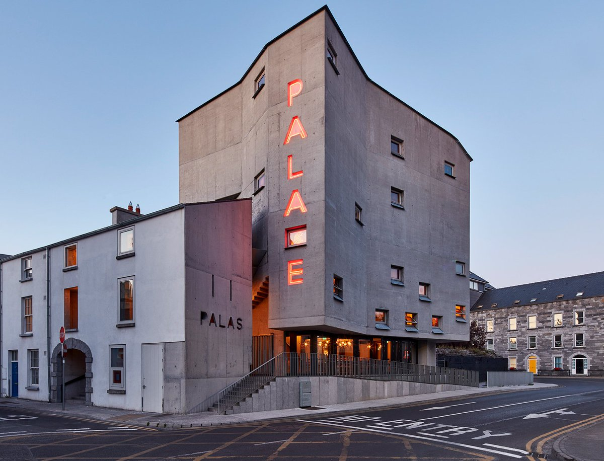 #Galway 's  Controversial Pálás Shortlisted for 2018 World Architecture Awards: https://t.co/fG8Hflo1IQ https://t.co/mmyQfquCye