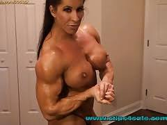 Looking for a little flex appeal?XwzWaNXClw #Flexing #MuscleWorship #Amazons #MuscularWomen