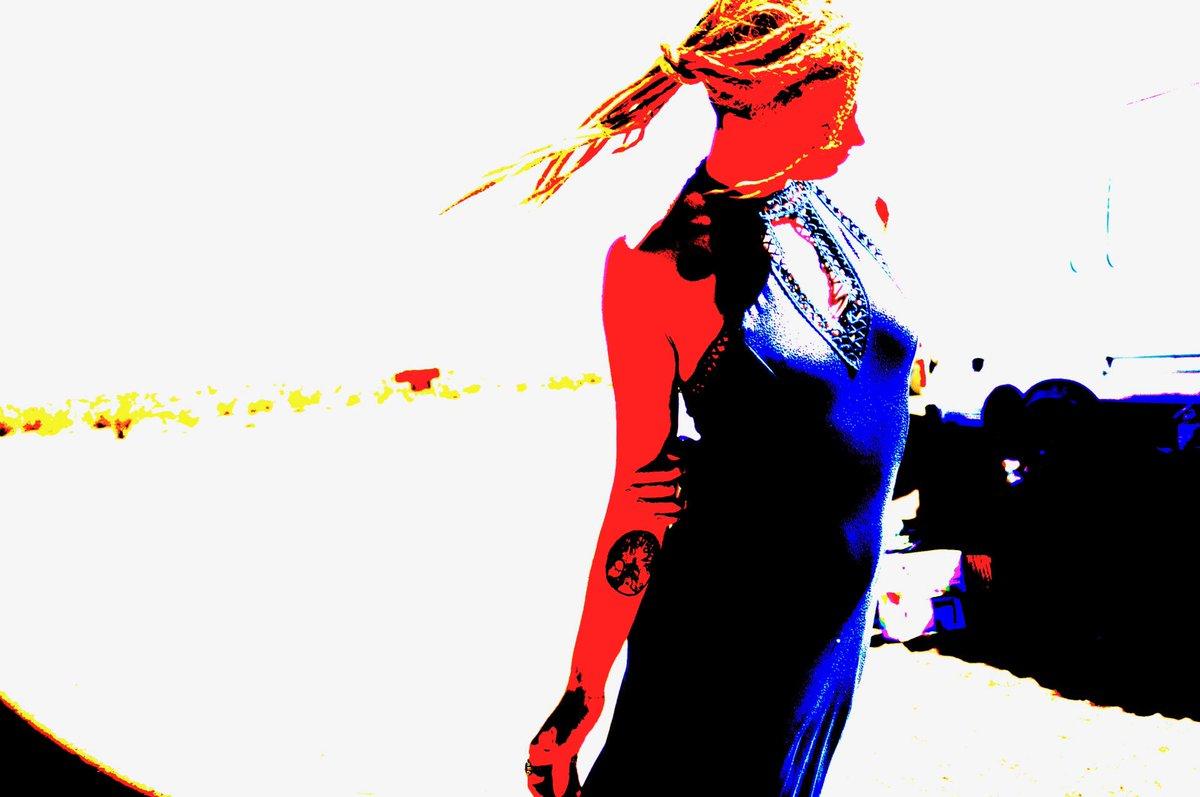 Domino in the desert. This I like... #kinky #horny #highlysexual #ReelSeduction uEShfPq
