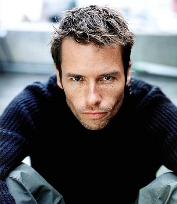 Today\s Daily  wishes a very Happy Birthday to Mr. Guy Pearce